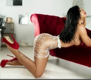 Gustine incall escorts in North Vernon, IN