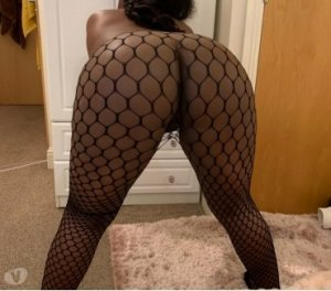 Mauranne escorts services Corner Brook, NL
