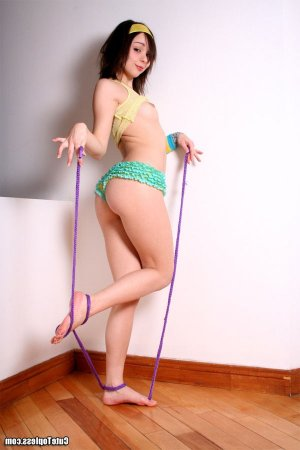Marie-loup transsexual swinger parties Waterloo, IL