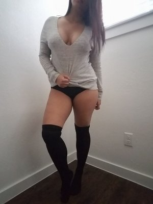 Anna-bella granny sex contacts in Chatham, ON