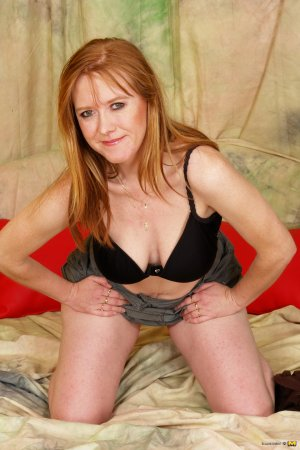 Lima redhead escorts in South Woodham